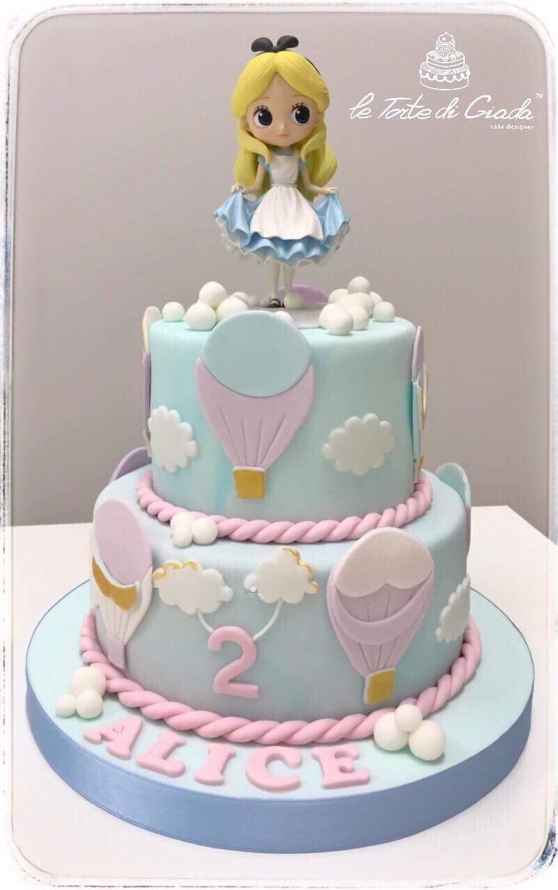 alice_wonderland_cake