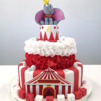 dumbo disney cake